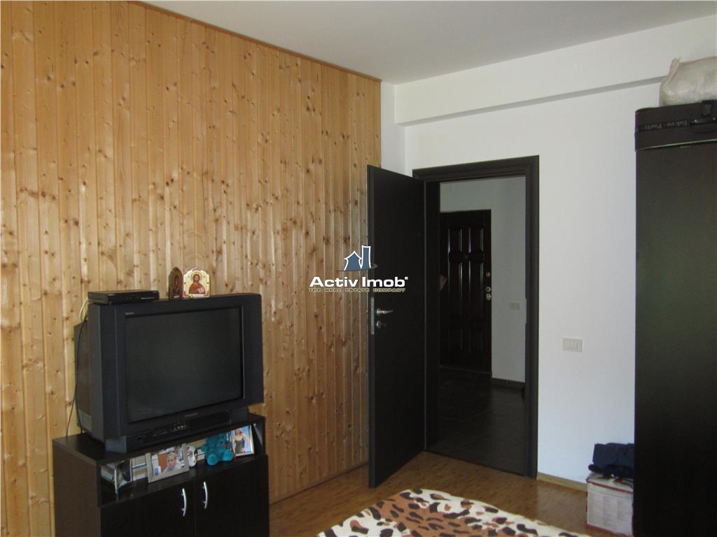 1 camera Militari Residence