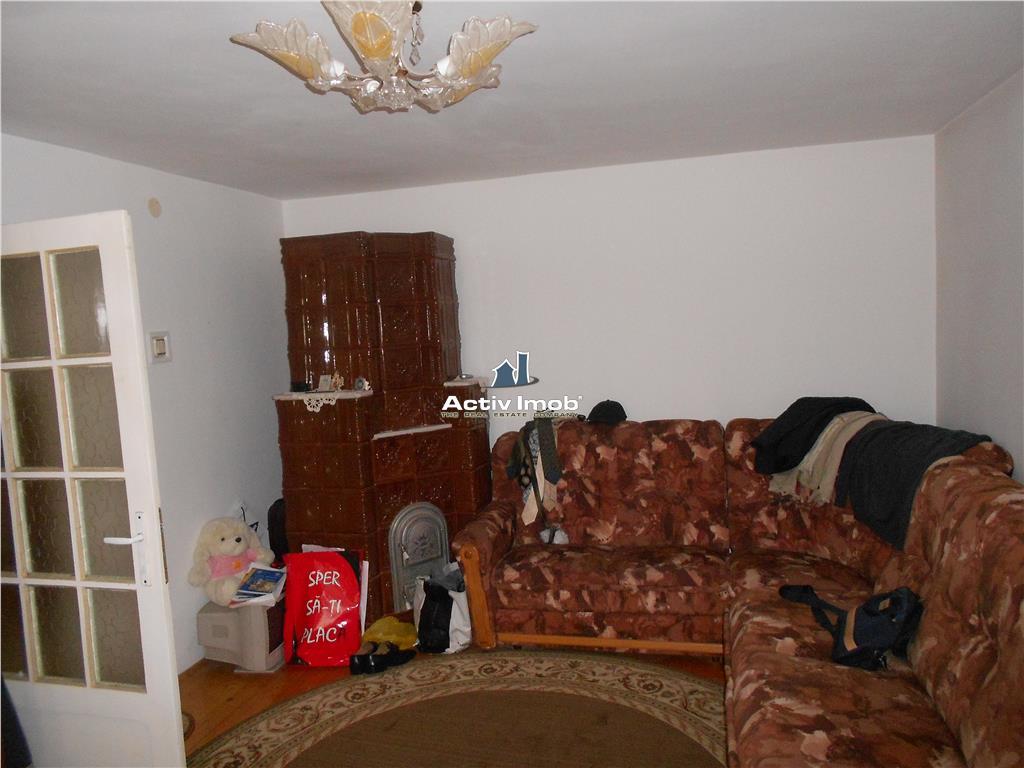vila de vanzare P+1+mansarda
