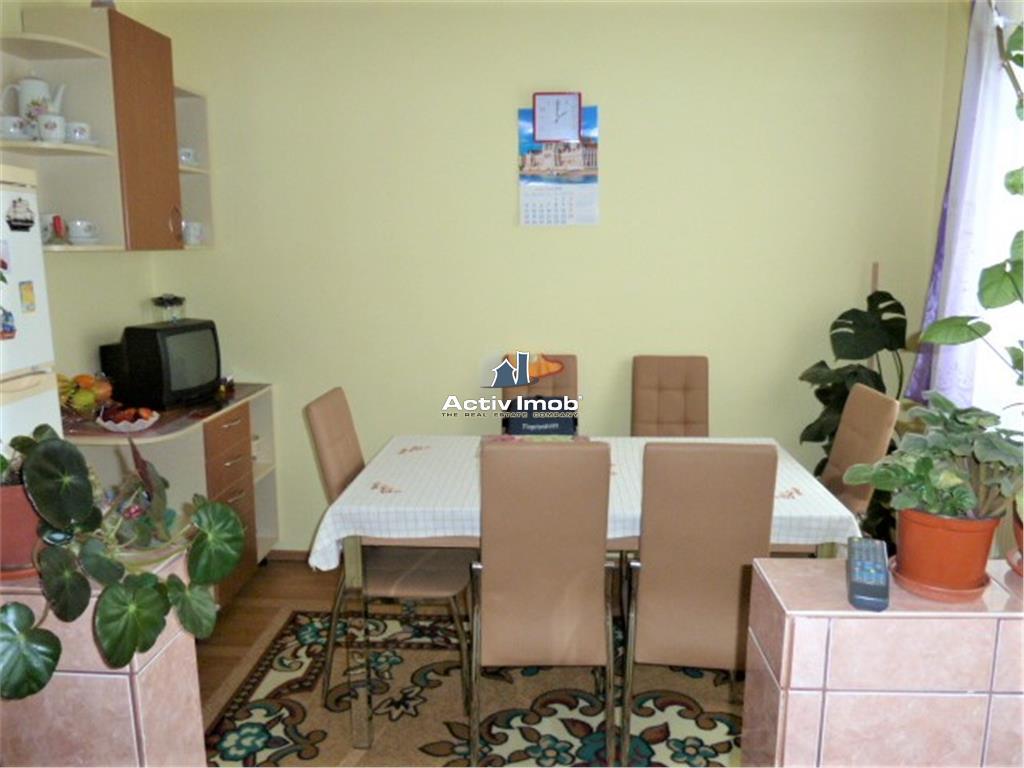 Apartament 3 Camere Zona Bld.Bucuresti
