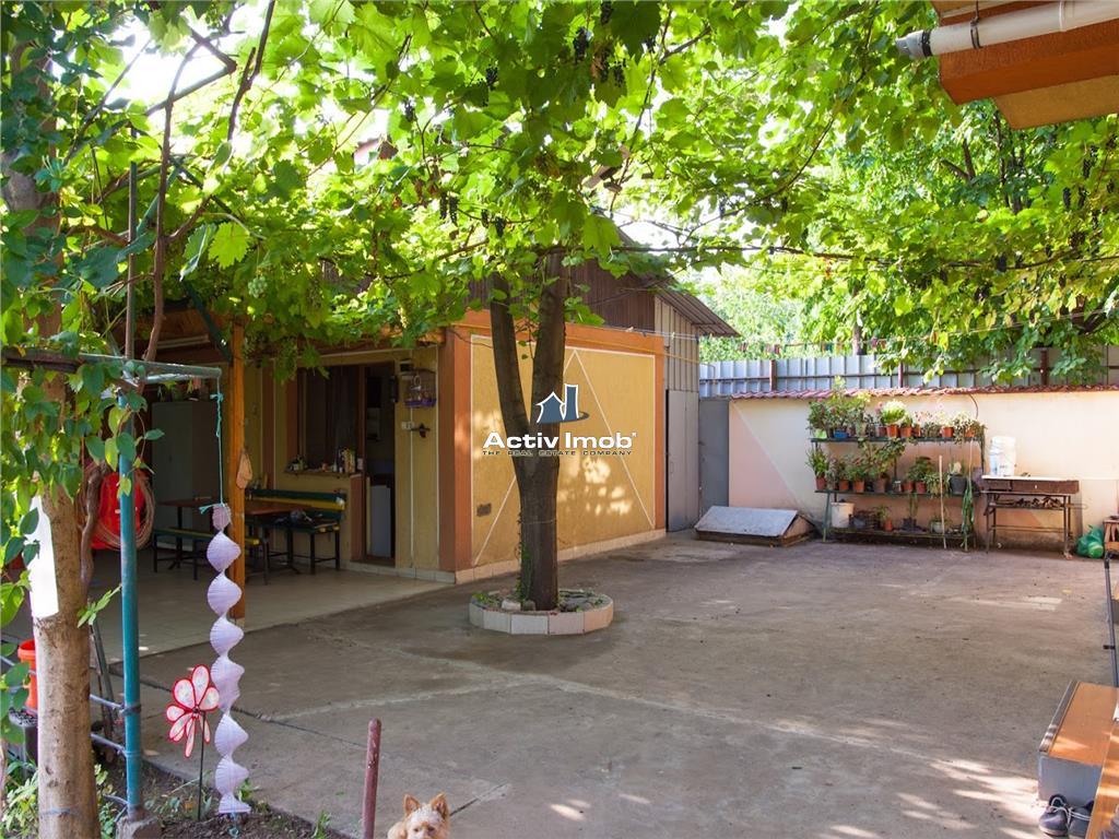 Galati, Vila cu 1750mp, 312mp utili, din 2005, M17