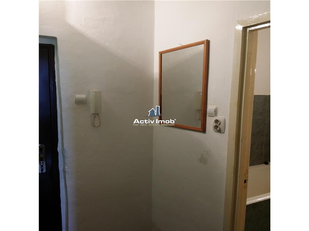 Apartament cu o camera, liber, Circumvalatiunii  Penny Market