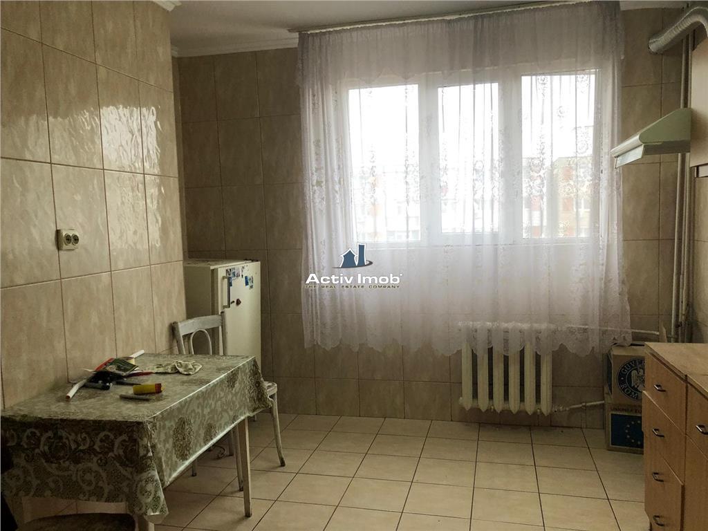 Galati, apartament 2 cam dec, M20