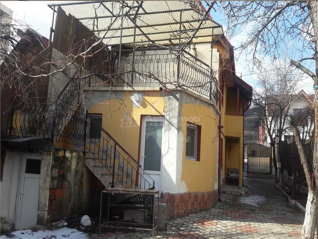Casa P+E ,3 camere   Codlea Brasov