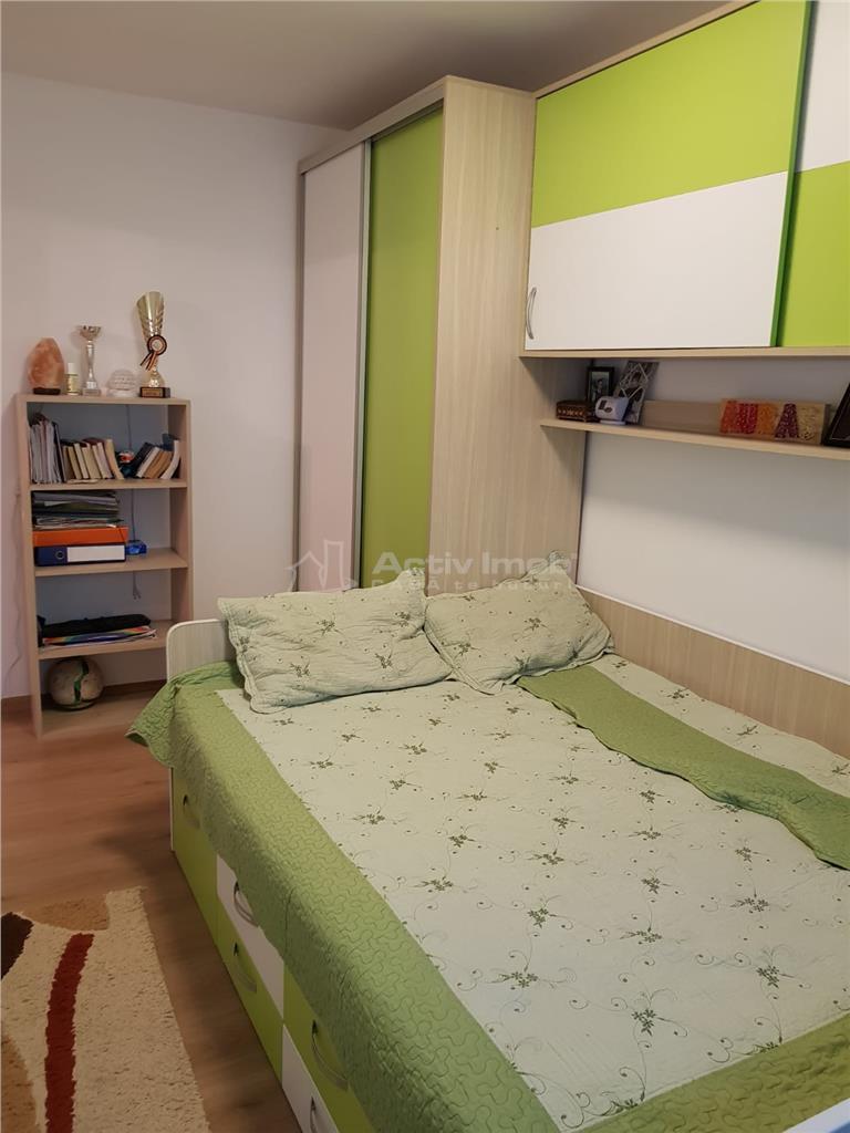 Galati, 3 camere renovate 60mp Micro 38, etaj 1