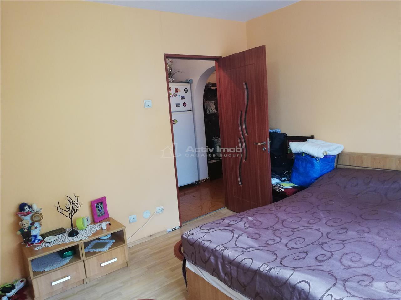 2 camere, etaj 2, decomandat, Alba Iulia, Burebista