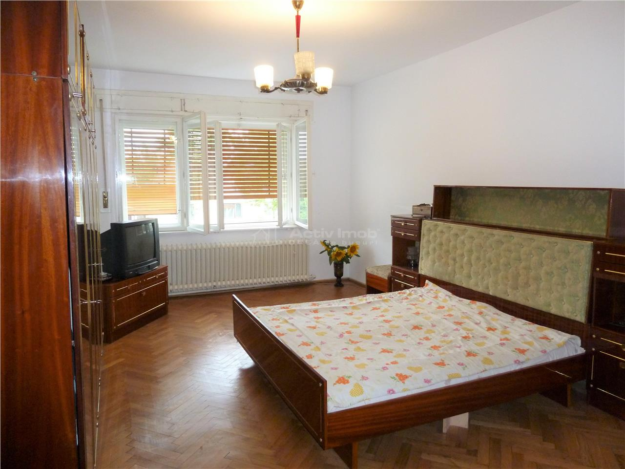 Victoriei Casa P+1 in duplex 4 camere