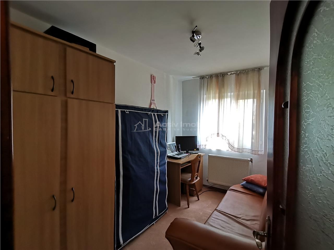 3 camere deconadat etaj 3 Burdujeni str, Amurgului Comision 0