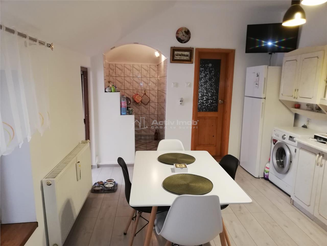 apartament la casa 2  camere