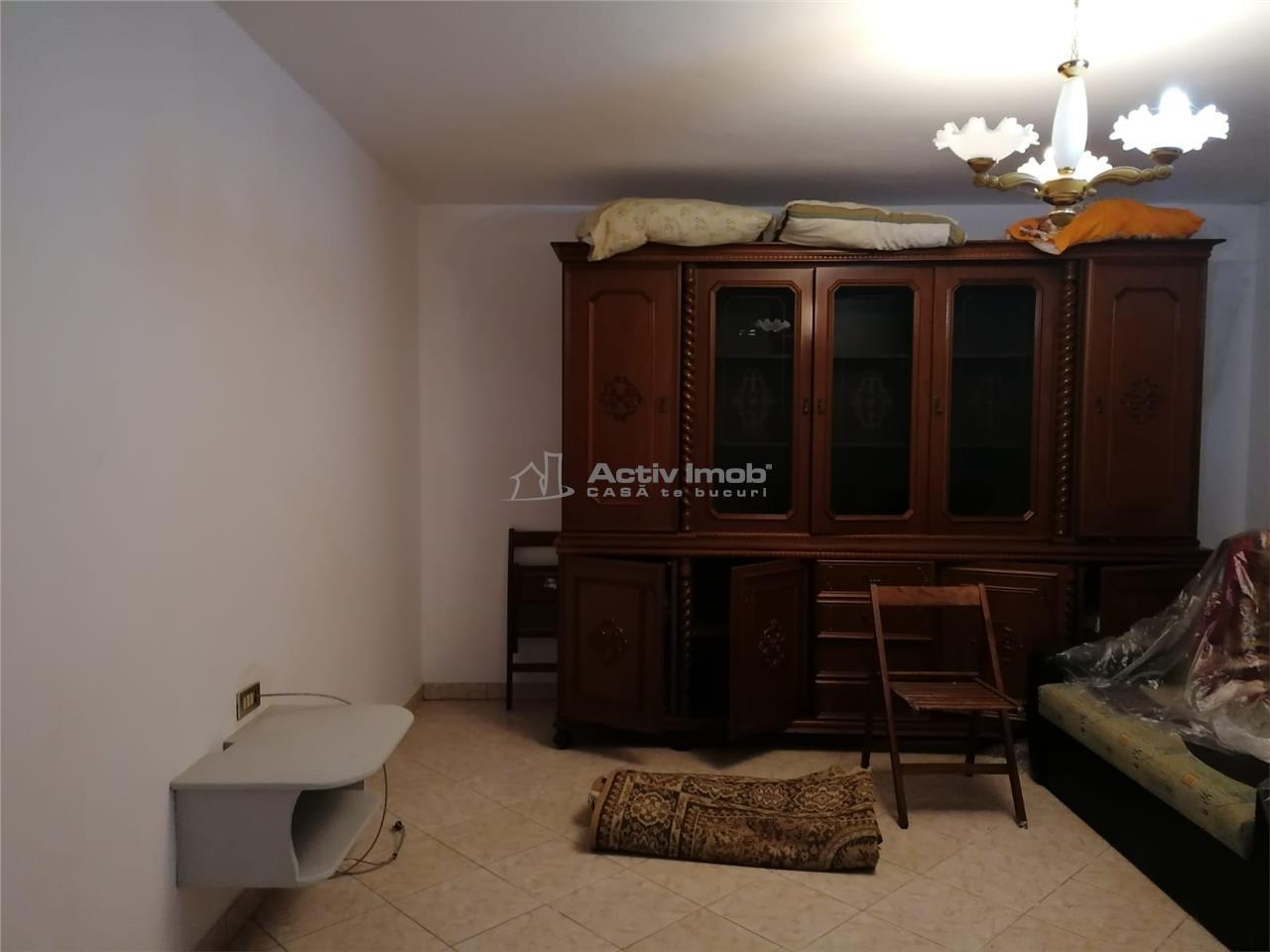 Casa de vanzare 110mp utili + teren 1375mp Nicolae Balcescu