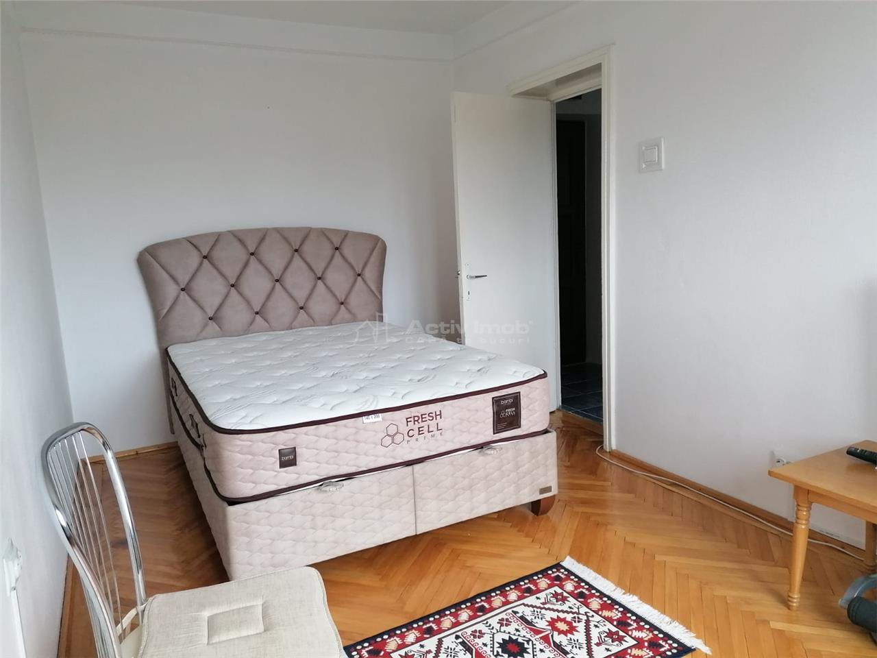 Apartament de vanzare 2 camere decomandat CENTRAL