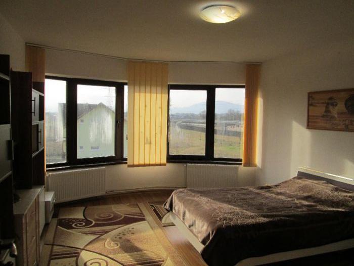 Apartament in Vila - 2 camere- zona Bartolomeu- Stupini
