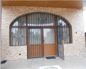 Casa individuala Parter +mansarda zona HCC