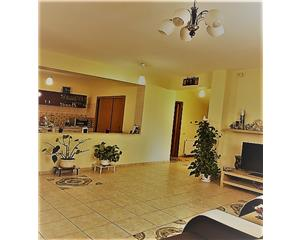 Pantelimon,parter,etaj,garaj,310mp curte,4 dormitoare,living