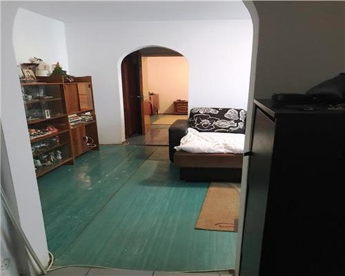 Titan Parc-Baraj Lotru ,Etaj 1,3 camere confort 1,74.000 euro