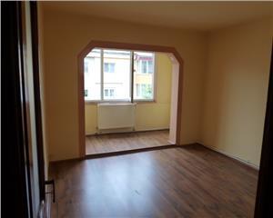 Apartament 3 Camere decomandat Oituz