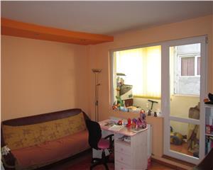 3 camere, decomandat, renovat 2013, 5 min metrou Pacii
