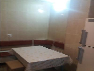 3 camere decomandate , mobilat, utilat   McDonalds