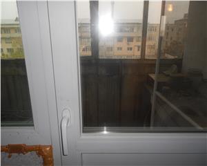 Apartament 3 cam decomandat str Bucuresti