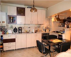 Baia Mare Apartament 3 camere etaj II zona Mara