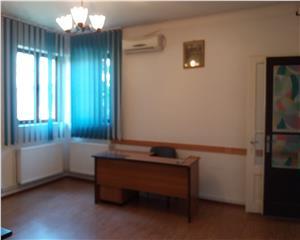 Piata Alba Iulia, Vila mobilata pentru activitate de birouri