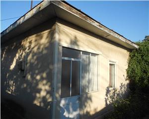 Casa si curte 780 mp strada Comisariatului