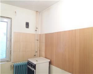Bucuresti, 2 camere,  2 min metrou  Lujerului