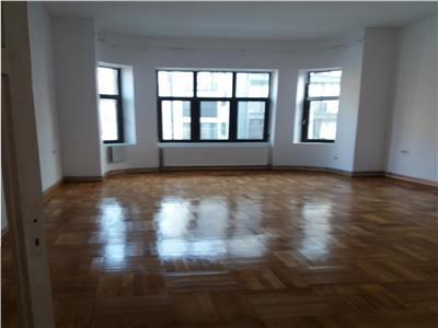 Piata Rosetti, apartament 2 camere in vila, 83mp