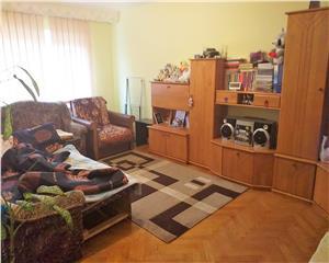 Baia Mare Apartament 3 Camere decomandat etaj 2 Macului