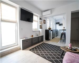 4 camere, lux, Unirii, ultracentral, ideal si investitie
