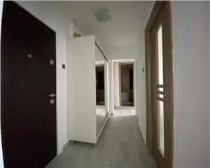 Titan Trapezului,etaj 3/8, decomandat,mobilat si utilat