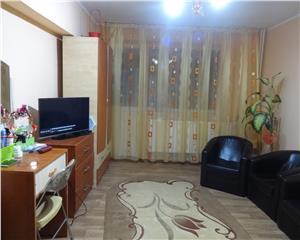 Galati, 3 camere, decomandat,  M18