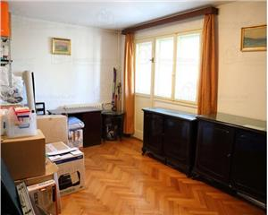 Metrou Bazilescu, apartament 3 camere dec, et 2/4