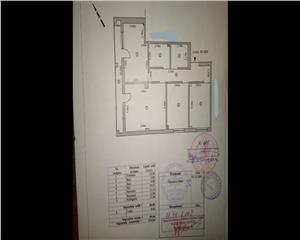 3 camere, decomandat, 95 mp , etaj 3, str. Independentei - CENTRU