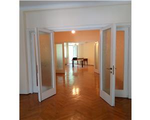 Rond Kogalniceanu, apartament 3 camere,dec, 94 mp. Ideal firma
