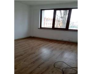 Apartament 3 camere, etaj 2, 64mp  Micro 17