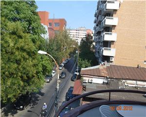 Apartament superb, Eminescu, 4 camere, 3 balcoane, fara risc seismic