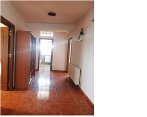 Apartament 3 Camere in Vila  Ghimbav