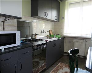 Baia Mare Apartament 3 Camere etaj 3 Zona Petre Dulfu