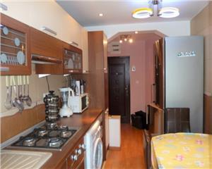 Apartament 3 Camere decomandat Bld Traian Zona Garii