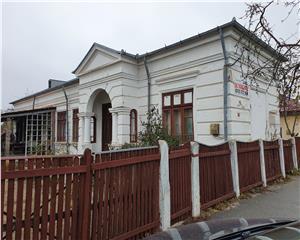 Casa si curte Ultracentral  langa ROVI
