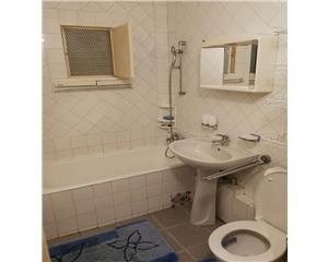 Resita, Apartament de inchiriat cu 3 camere, Micro IV