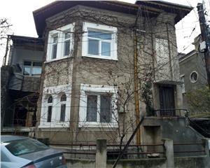 Apartament 2 camere si minigarsoniera in vila