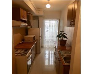 Apartament cu 2 camere semidecomandate in P-ta Mihai Viteazul