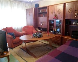 Aviatiei, apartament 2 camere dec, 2 balcoane, an 1983