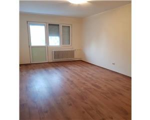 Apartament 2 cam renovat, bloc mixt, et 3 - M38