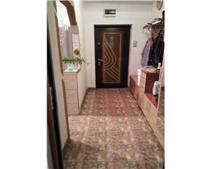 Apartament 4 Camere plus garaj Zona RFN
