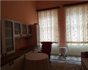 Resita,Casa Burgheza,200 Mp.