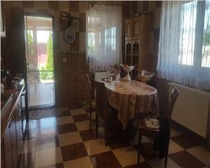 casa 4 camere, 3 garaje,curte, Cernica, 10 min Bucuresti