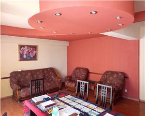 Apartament ULTRACENTRAL Bacau, 88 mp utili 3(4) camere decomandat