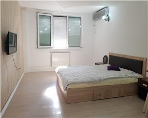 Galati, 1 camera A uri Tiglina 1, renovata complet, etaj 3